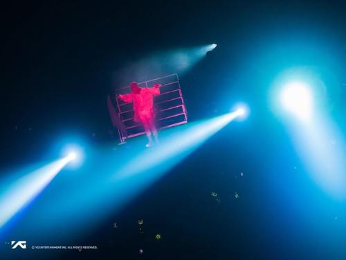 Taeyang WHITE NIGHT in Chicago 2017-09-03 (14)