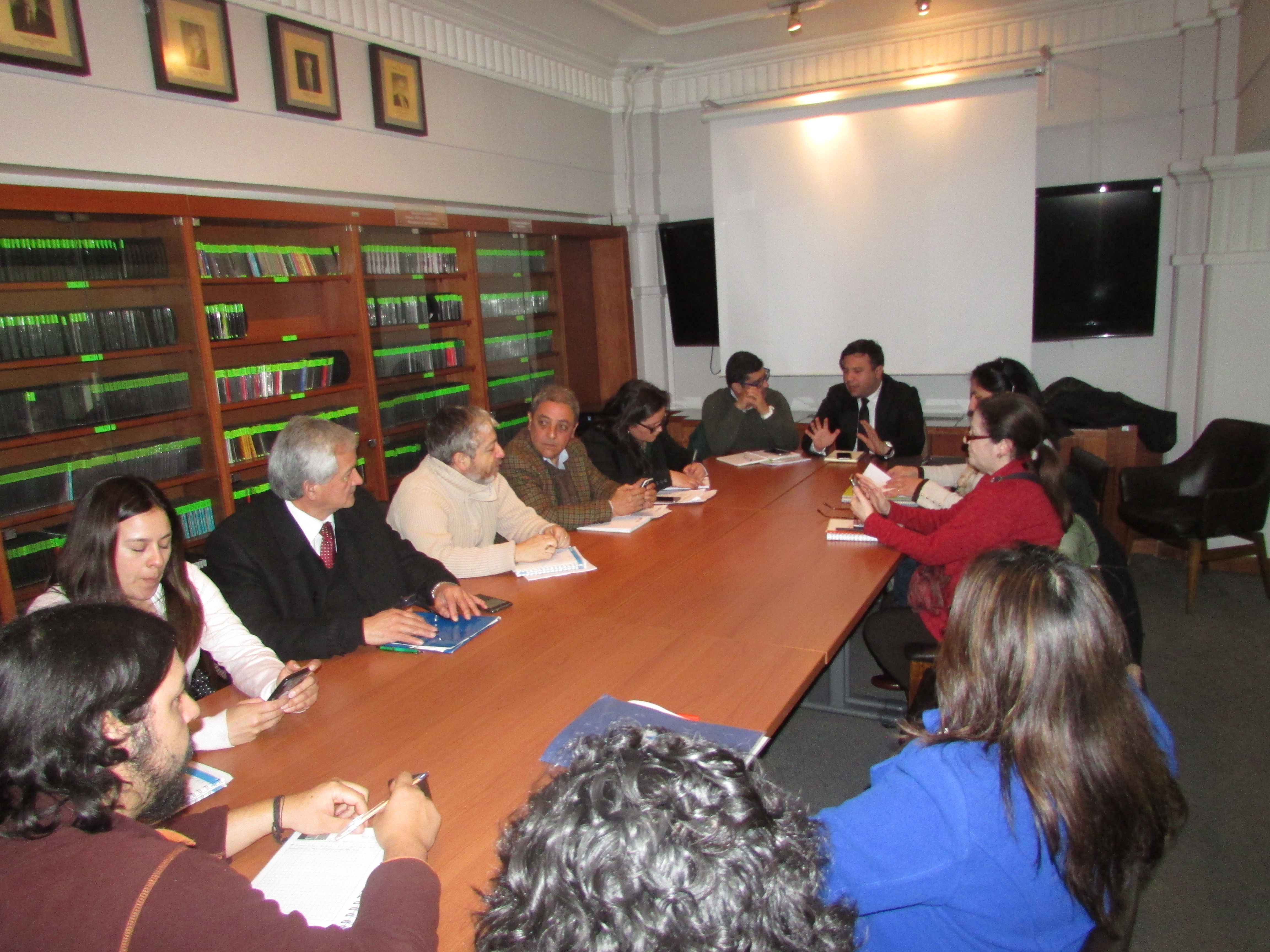 Mesa Negociadora AFSAG y Coordinadora de Honorarios SAG con DIPRES - 11 Septiembre 2017