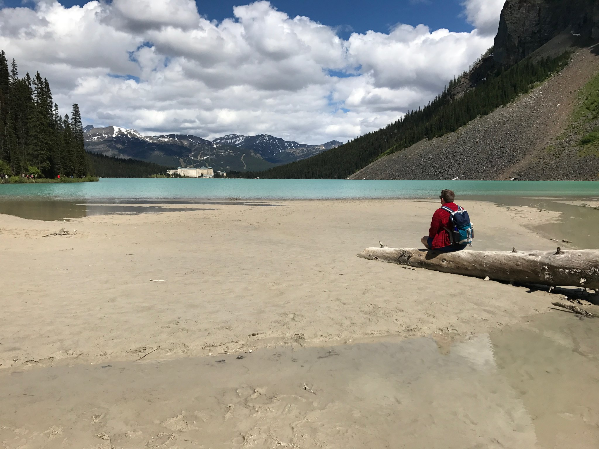 Beach at the end of Lake Louise