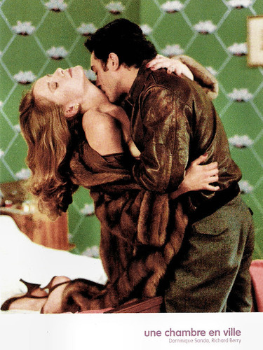 Dominique Sanda and Richard Berry in Une chambre en ville (1982)
