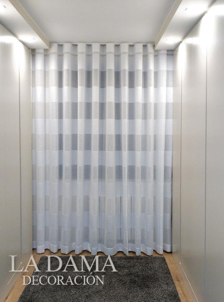 Fotograf as de cortinas modernas la dama decoraci n - Cortinas para pasillos ...