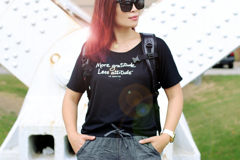 shirt-black-sunglasses-4