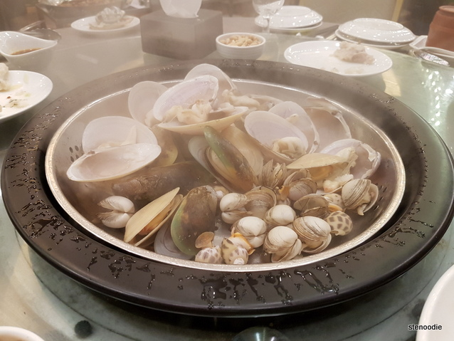 Shellfish in steamer