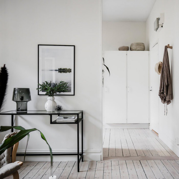 Minimalist Home with Green and Natural Vibes