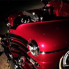 Classic Car at Van Nuys Art Festival last night We had a well attended art festival last night right here in our civic center. Great to see that space put to good use. Thanks to @cd6nury and many others for helping to make it happen. #car #classiccar #red