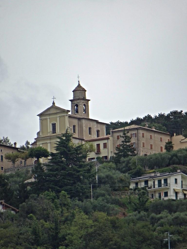 Torri Del Benaco Provincia De Verona Italia Tripcarta
