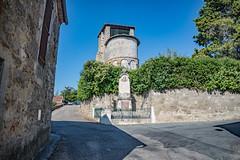 06-Eglise et monument aux morts - Photo of Prayssas