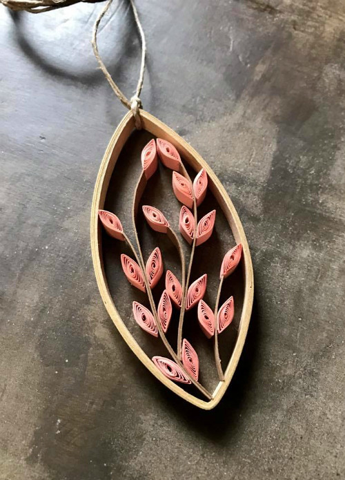 Leafy Vine Pendant, a project in the book, The Art of Quilling Paper Jewelry - Made by Erin Curet of Little Circles Quilling #paperjewelry
