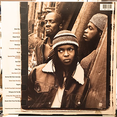 FUGEES:BLUNTED ON REALITY(JACKET B)
