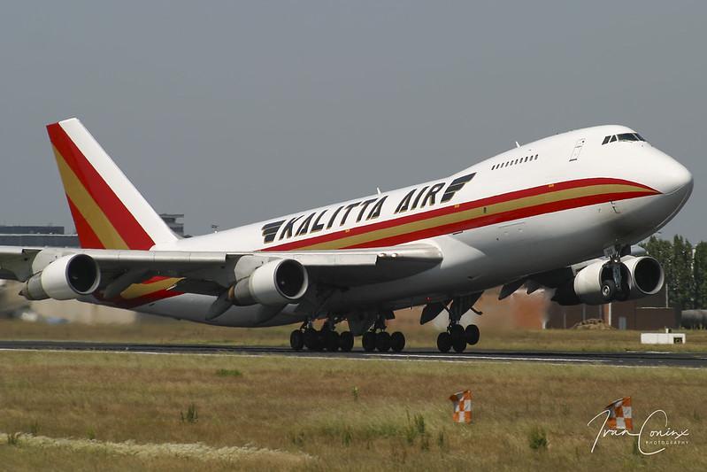 Boeing 747-212B(SF) – Kalitta Air – N708CK – Brussels Airport (BRU EBBR) – 2011 06 02 – Takeoff RWY 07R – 01 – Copyright © 2011 Ivan Coninx