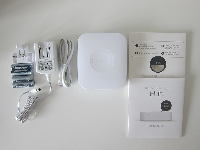 SmartThings V2 Hub (UK) - Box Contents