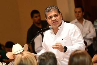 Tribunal Electoral de Coahuila multa a Riquelme y al PRI por ?Monederos Rosas?