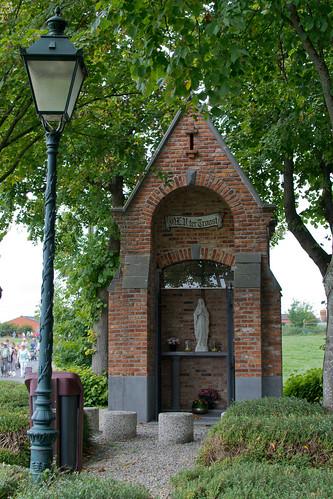 Sint-Eloois-Winkel, Steenbekekapel.