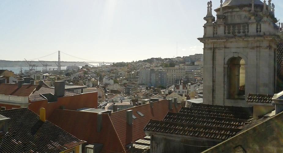 Romantische adresjes Lissabon, zonsondergang in Lissabon | Mooistestedentrips.nl
