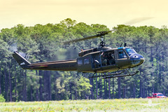 US ARMY UH-1 Huey_AH3V8263