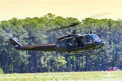 US ARMY UH-1 Huey_AH3V8263
