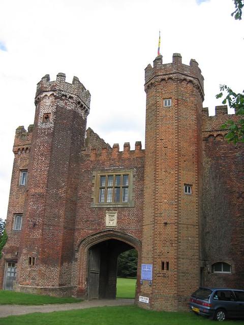 lullingsone castle