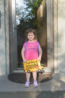 girls first day preschool-7