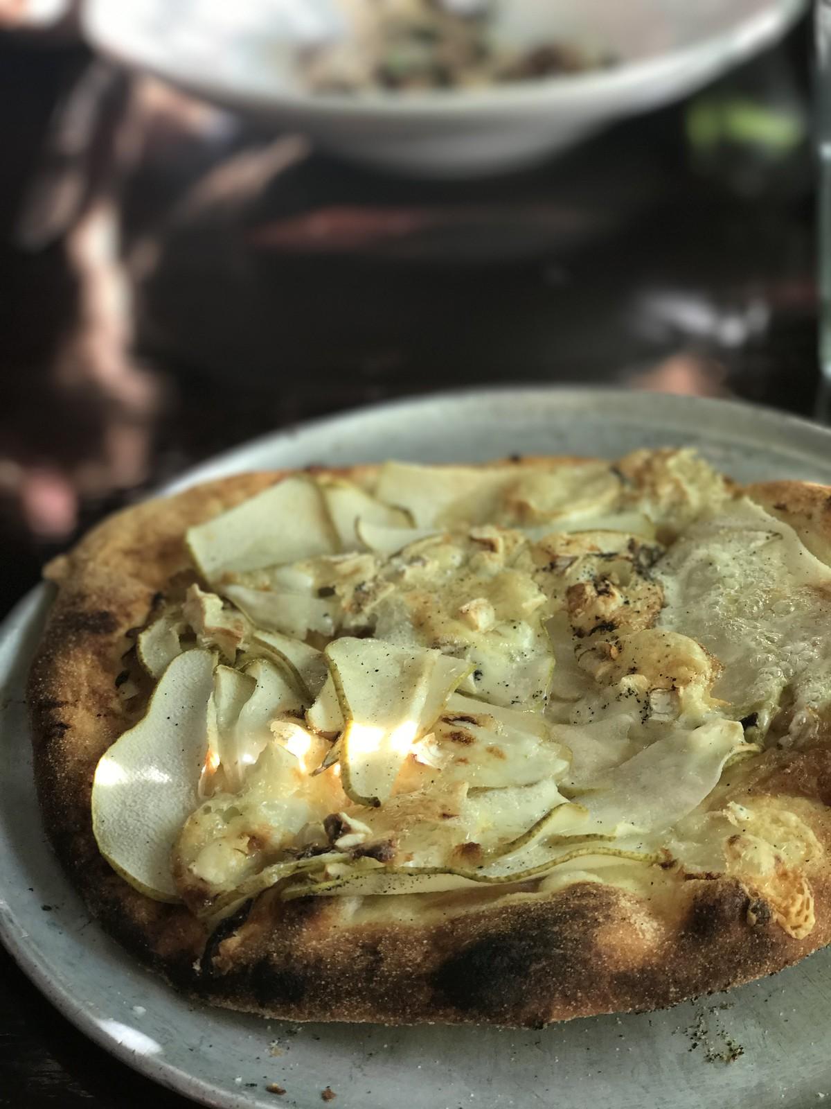 Pear Pizza