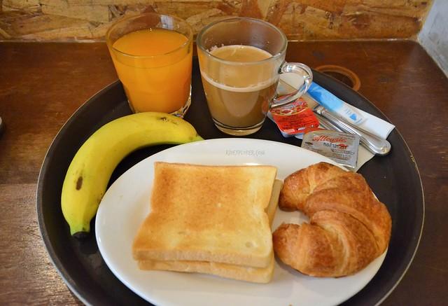 lub d bangkok silom breakfast