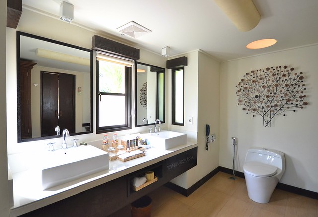 novotel lombok resort and villas toilet and bath