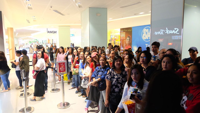 Excited guests waiting for the next block screening
