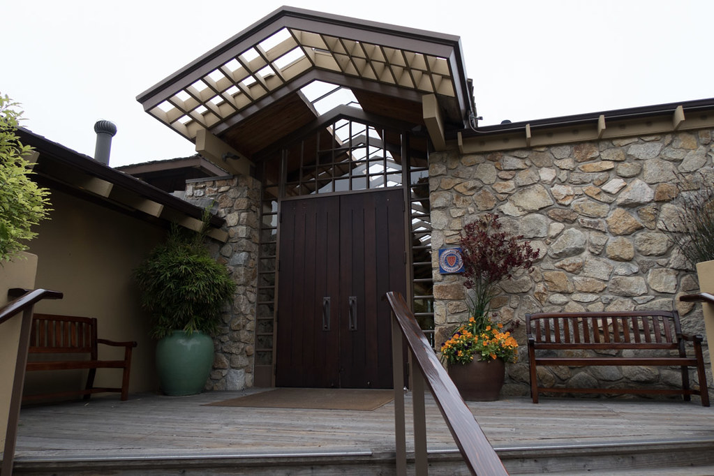 Check-in and reception exterior at Hyatt Carmel Highlands