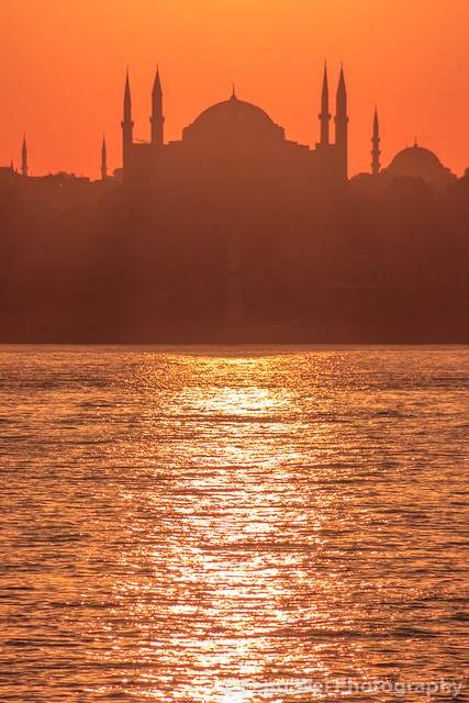 Sunset Over Blue Mosque, Sultanahmet, Istanbul, Turkey