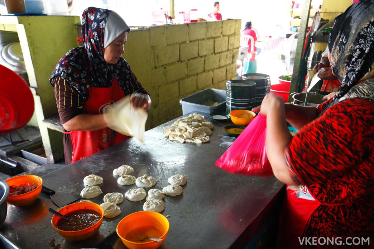 Melaka Roti Canai Kayu Arang Stall