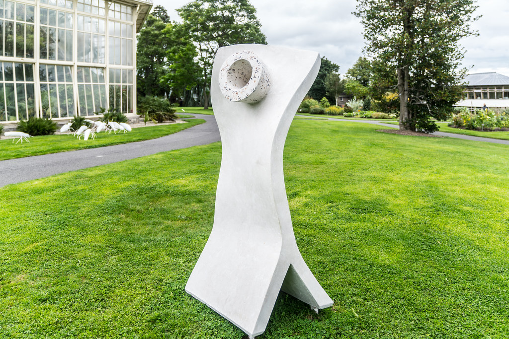 CONICAL VIEWER WITH TWIST BY KEN DREW [SCULPTURE IN CONTEXT 2017]-1324595