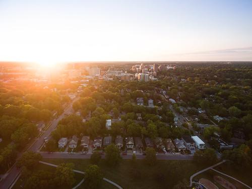dji drone droneimage kansascity kc kcmo summer sunrise westplaza kansas unitedstates us sunrisephotography firstlight horizonlight