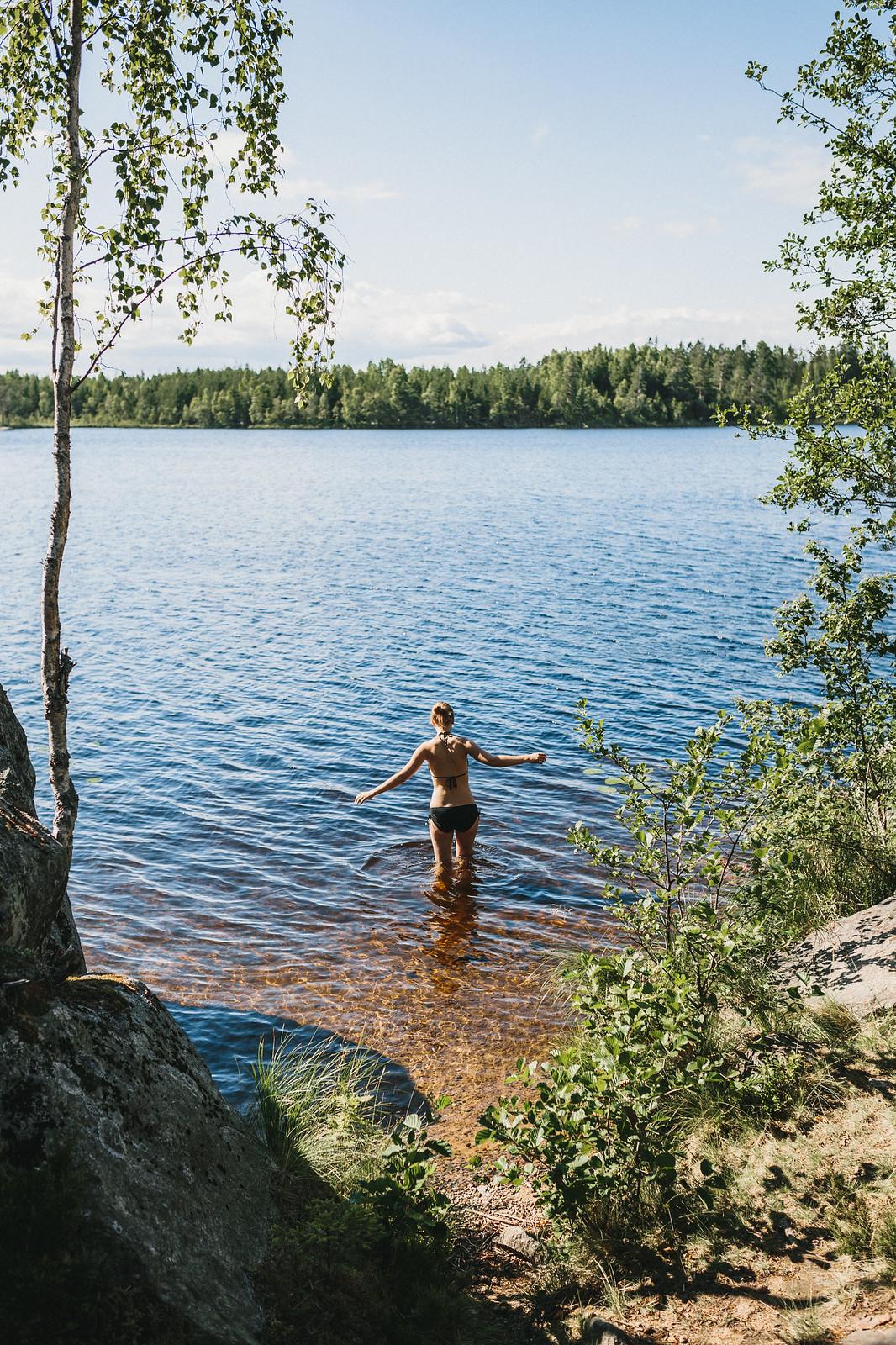 Ett dopp i sjön - karinevelina.se