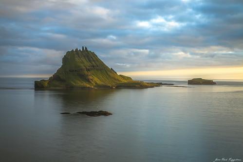 continentsetpays europe faroeislands mykines tindholmur clouds ocean sunset ilesféroé crépuscule îlesféroé fo