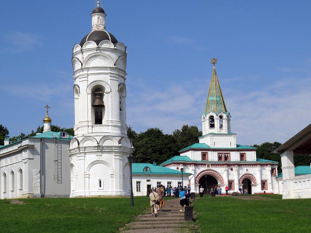 Храм-звонница Георгия Победоносца в Коломенском