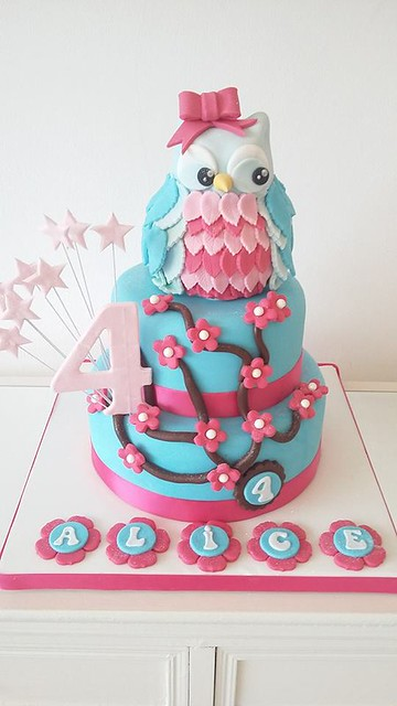 Phenomenal Competition Worlds One Of A Kind Cake Designer Page 2 Of 14 Funny Birthday Cards Online Aeocydamsfinfo