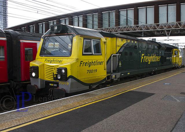 Fugly 70019  4L97 Trafford Park F.L.T. to Felixstowe North F.L.T.