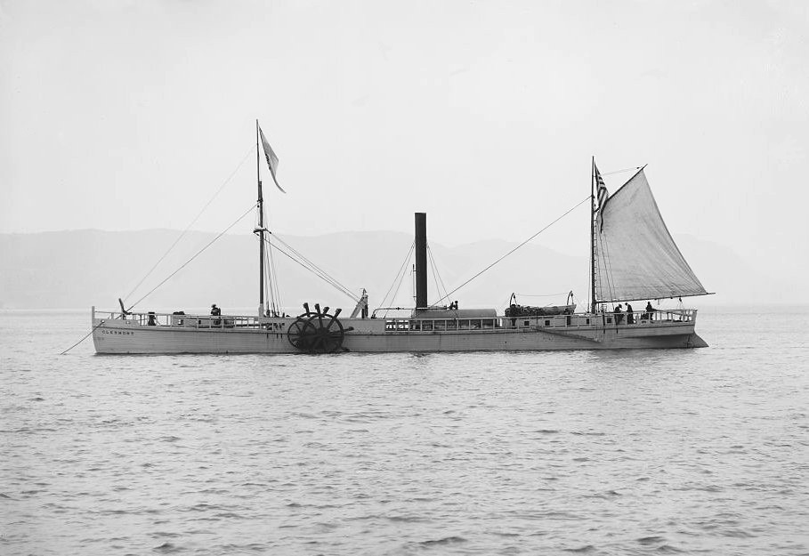 The 1909 replica of the North River Steamboat (Clermont) at anchor