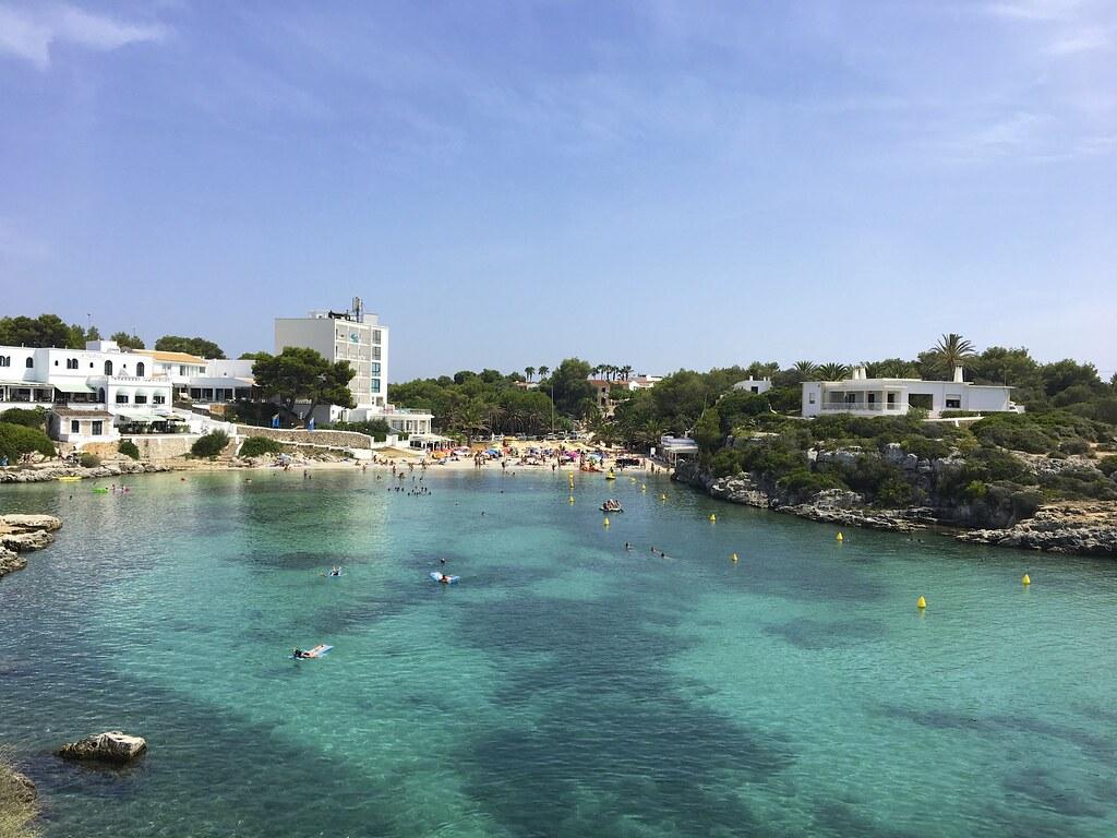Menorca ja vuokra-auto on kokemus