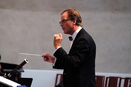 Staffan Mårtensson dirigerar Östgötamusiken