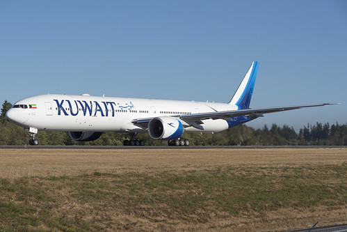 Kuwait Airways Boeing 777-300ER 9K-AOM