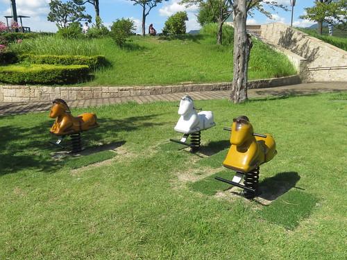 小倉競馬場の泉の広場近くの遊具