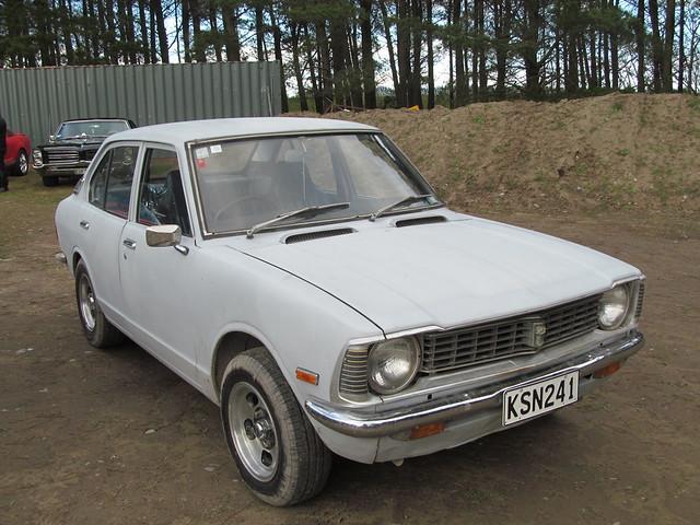Corolla (E20)
