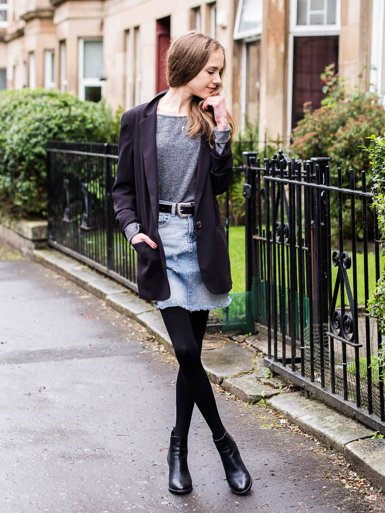 how-to-transition-denim-skirt-into-autumn