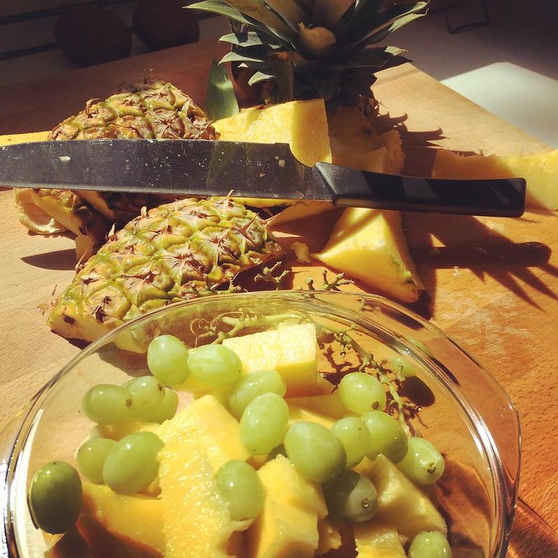 Trauben und Ananas Salat