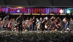 В Лас-Вегасе стрелок-одиночка открыл огонь по посетителям многотысячного фестиваля