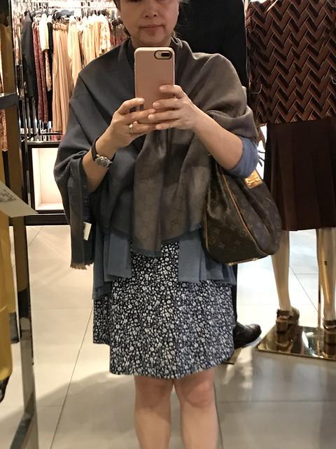 IMG_0088 Gucci shawl dark blue
