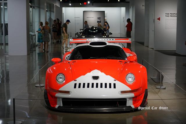 1997 Porsche 911 GT1 at Petersen Automotive Museum 2017