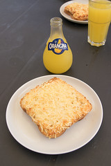Croque monsieur and Orangina