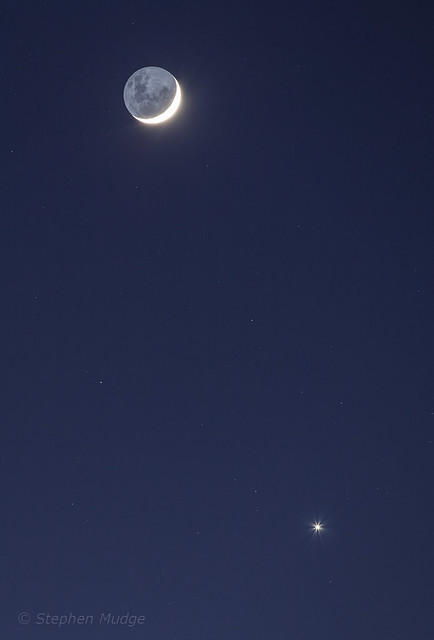Moon and Venus 19Aug17