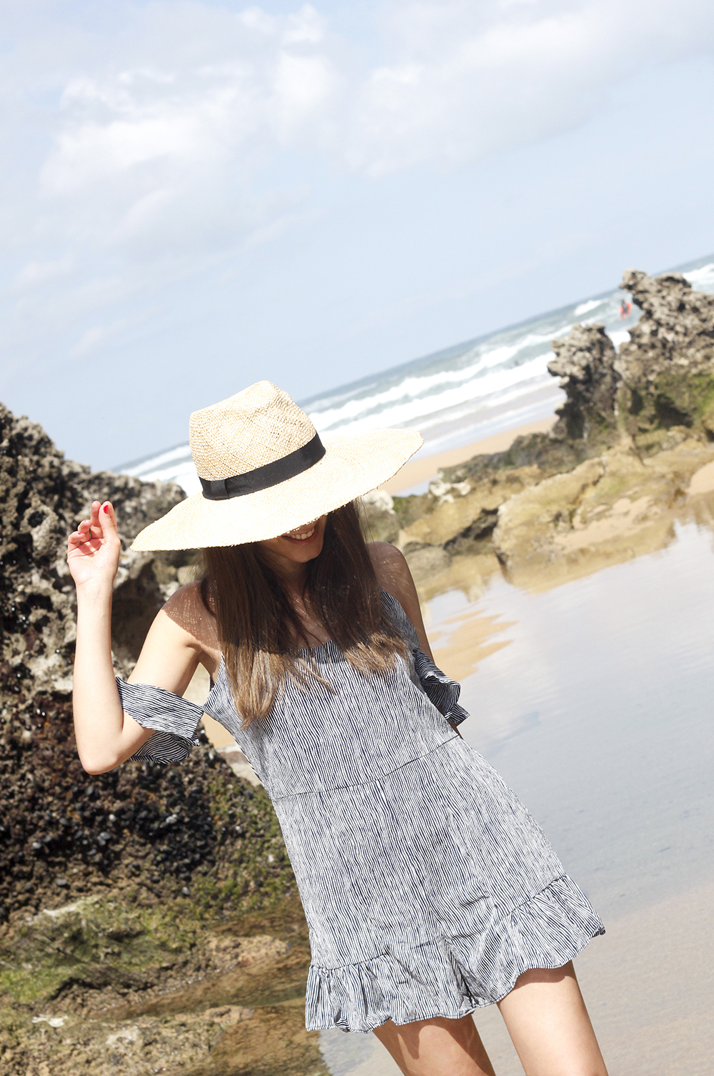 striped jumpsuit beach days vacation hat summer outfit style fashion12
